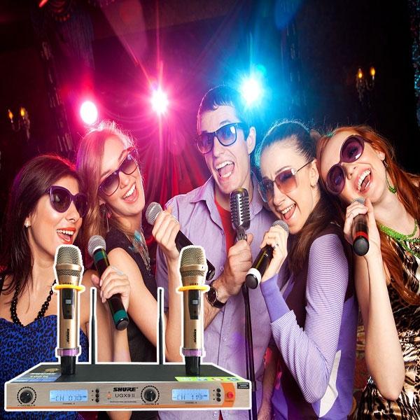 Mua-micro-hat-karaoke-hay-nhat-chinh-hang-tai-Ha-Noi