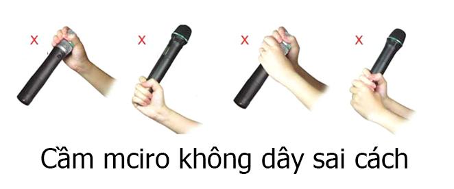 cach-cam-micro-hat-karaoke-sai-cach